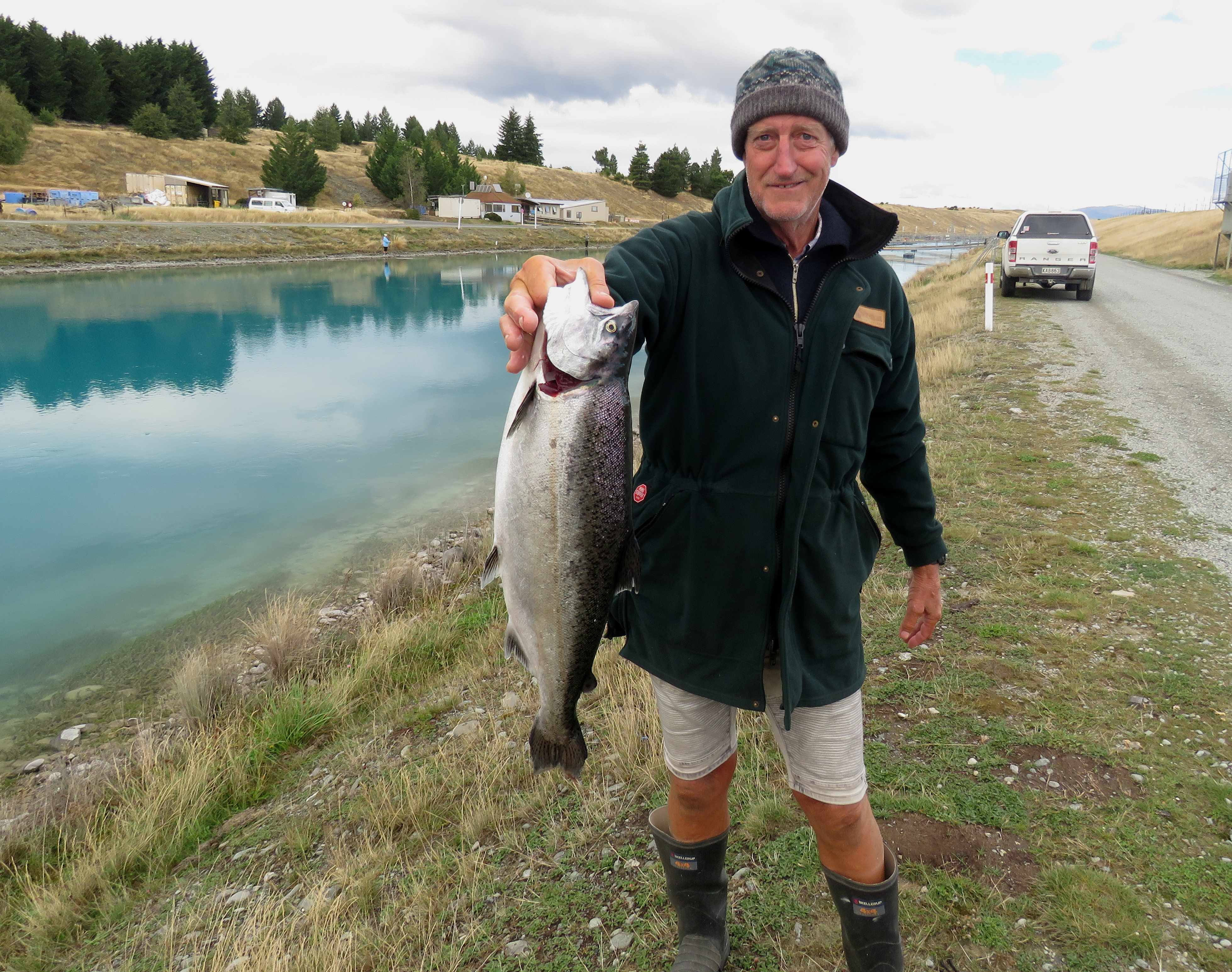 WFR1819.54 Denis Howard and his Tekapo Canal salmon credit Rhys Adams