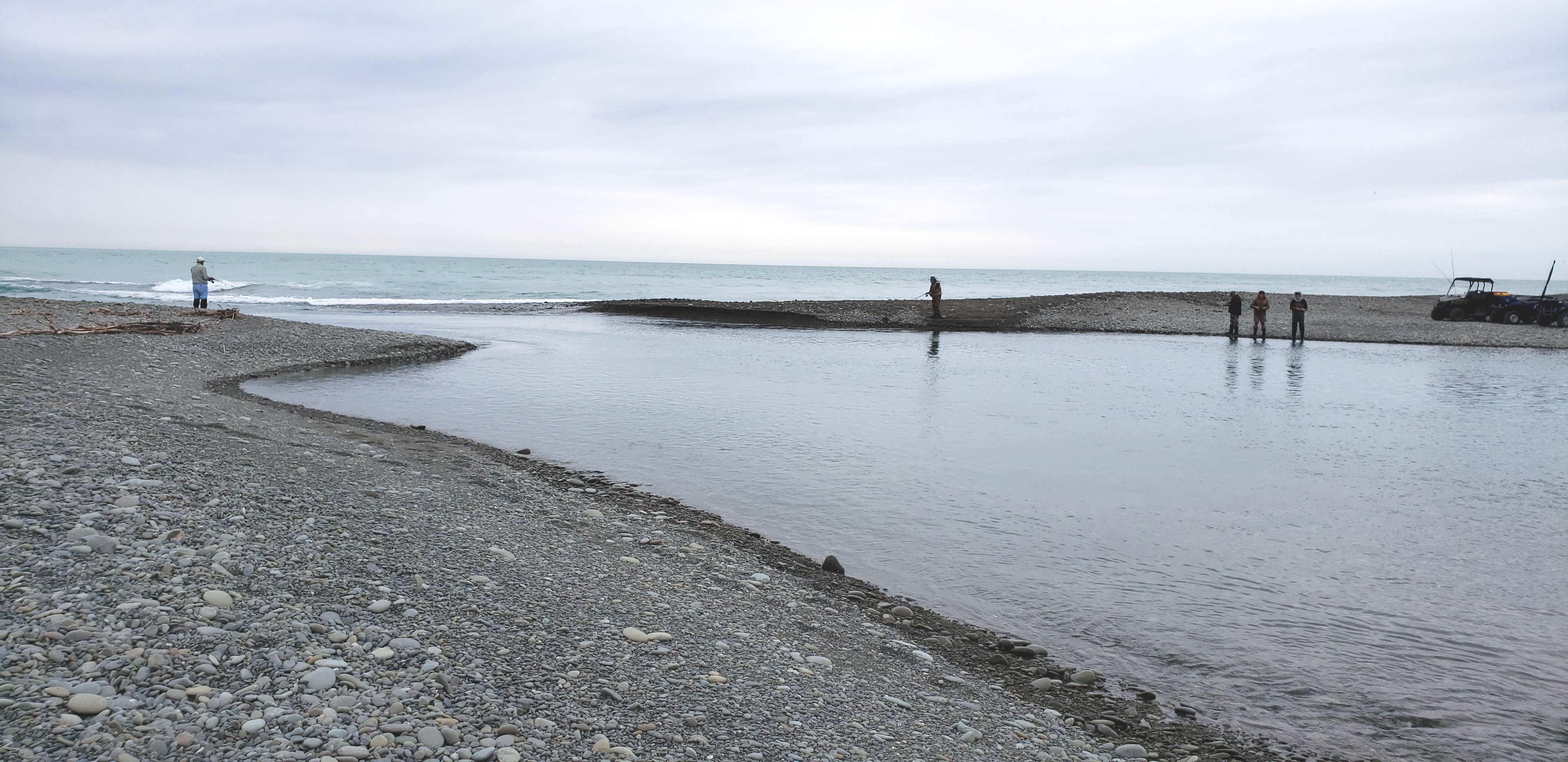 WFR2021.45 Salmon anglers fishing the Rangitata River gut 9 2 21 Credit R Adams