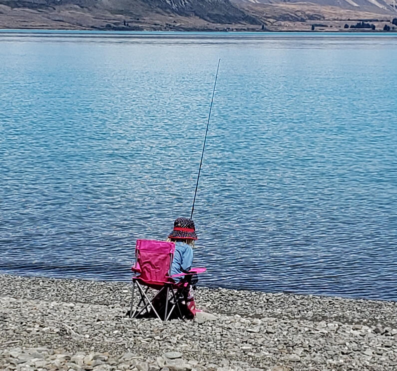 RL JAN CSI 1 Quick tip take it easy while bait fishing on a beach at scenic glacial Waitaki lake