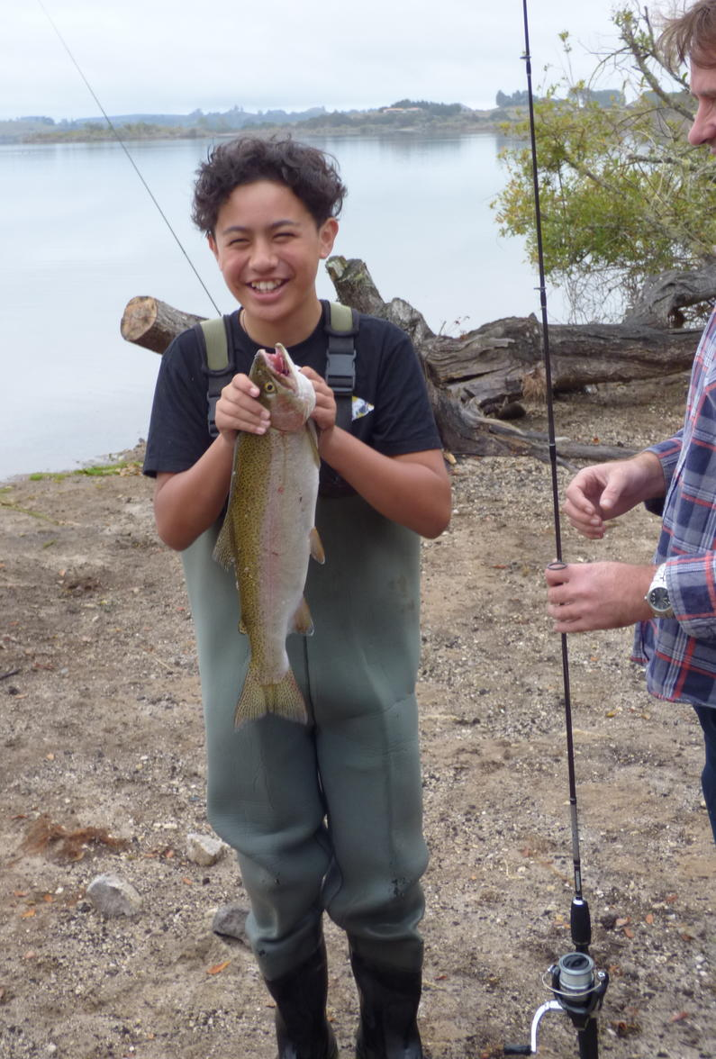 Shaynon Ramage 12 yrs Rerewhakaaitu TAC member 2kg 540mm 3 yr old hatchery release fish3